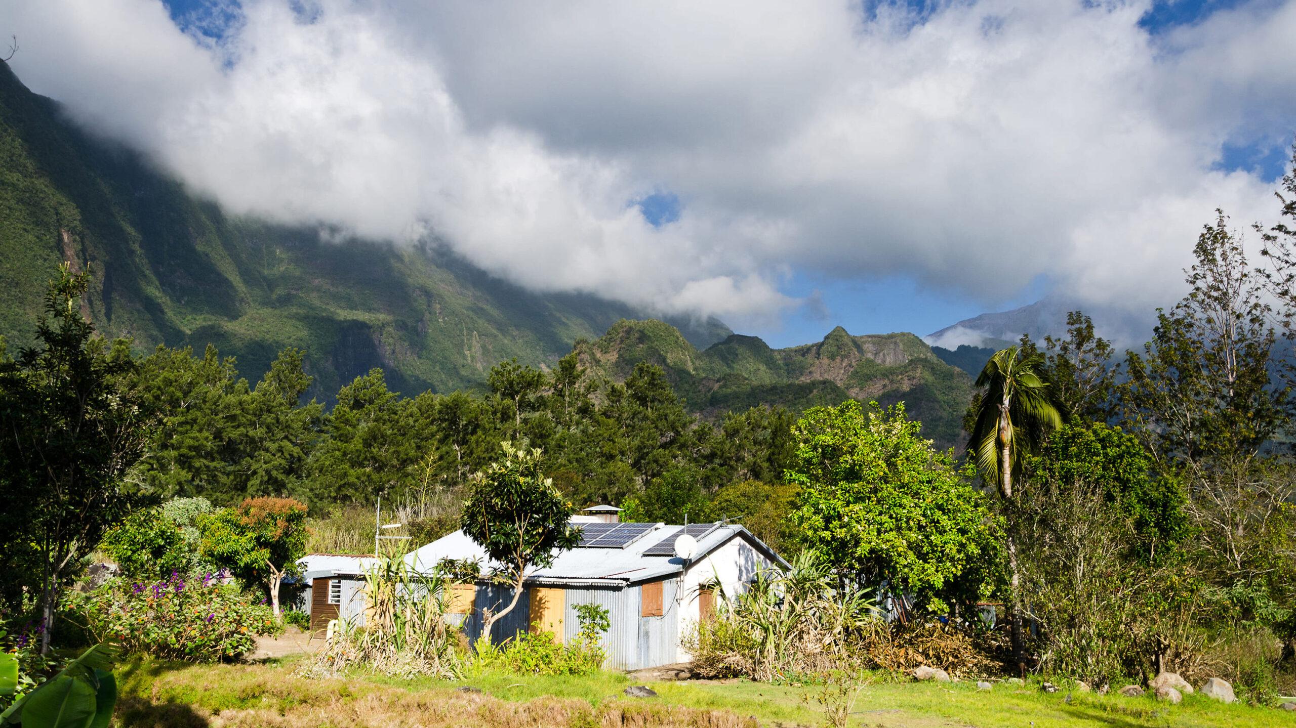 Visitez les îlets du cirque de Mafate avec Keylodge, conciergerie saisonnière à la Réunion