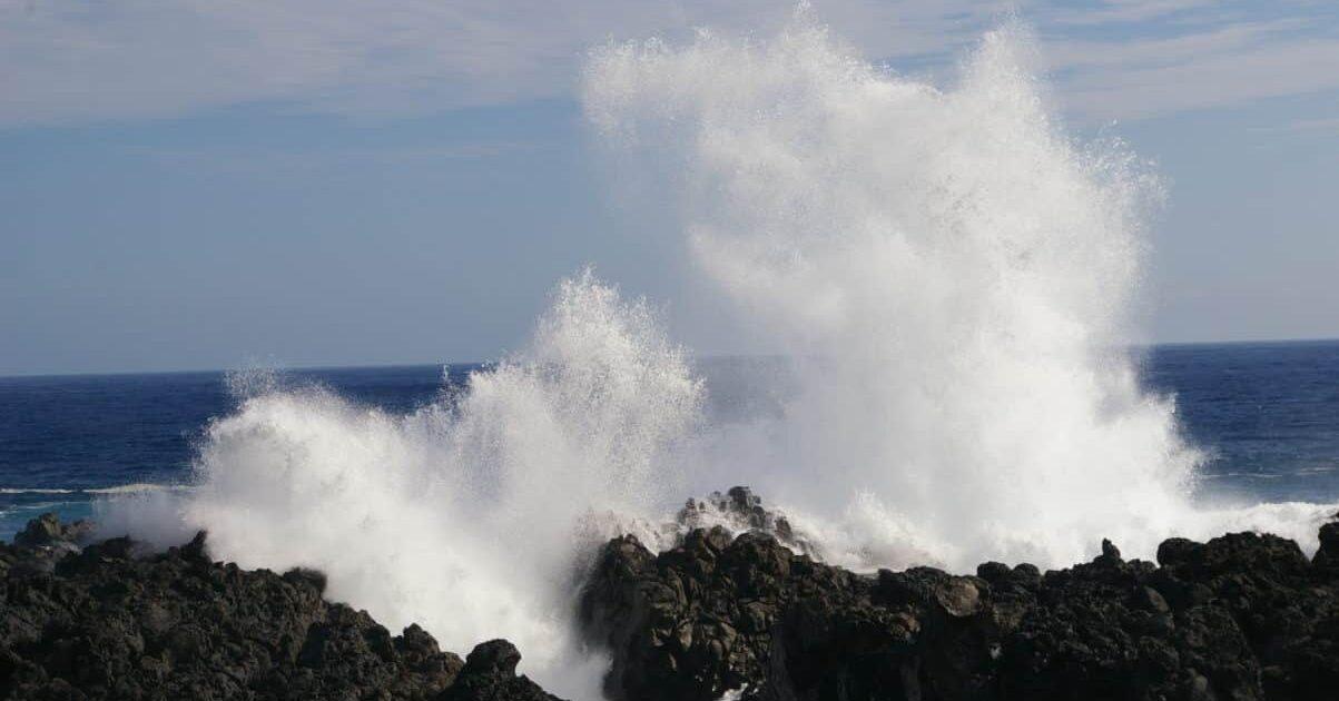 Découvrez le gouffre de l'Etang-Salé avec Keylodge, locations saisonnières à la Réunion