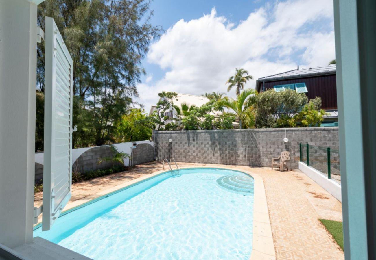 Villa in Saint-Gilles les Bains - Villa Perroquet 4****, 157 m2, Swimming pool, Direct access to the beach Boucan Canot