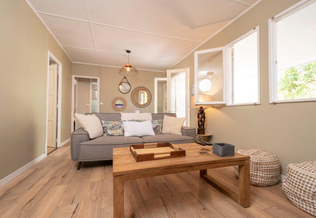 Villa in Saint-Gilles les Bains - Villa La Cabane 3*** - 3 bedrooms -  50m from the beach - St-Gilles les Bains