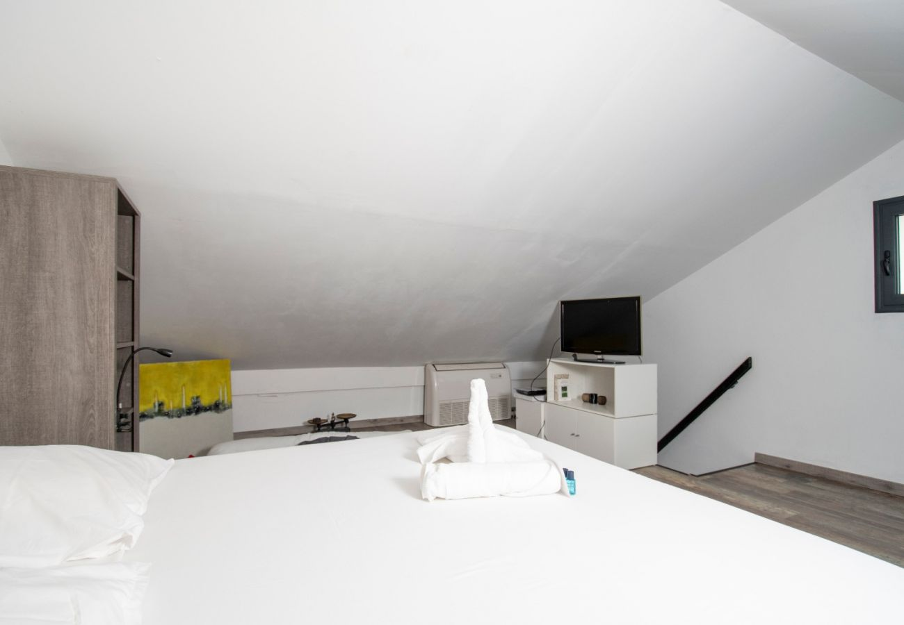 Apartment in Sainte Clotilde - T2 - Le Corail - Duplex 45m2  - 10 mn airport