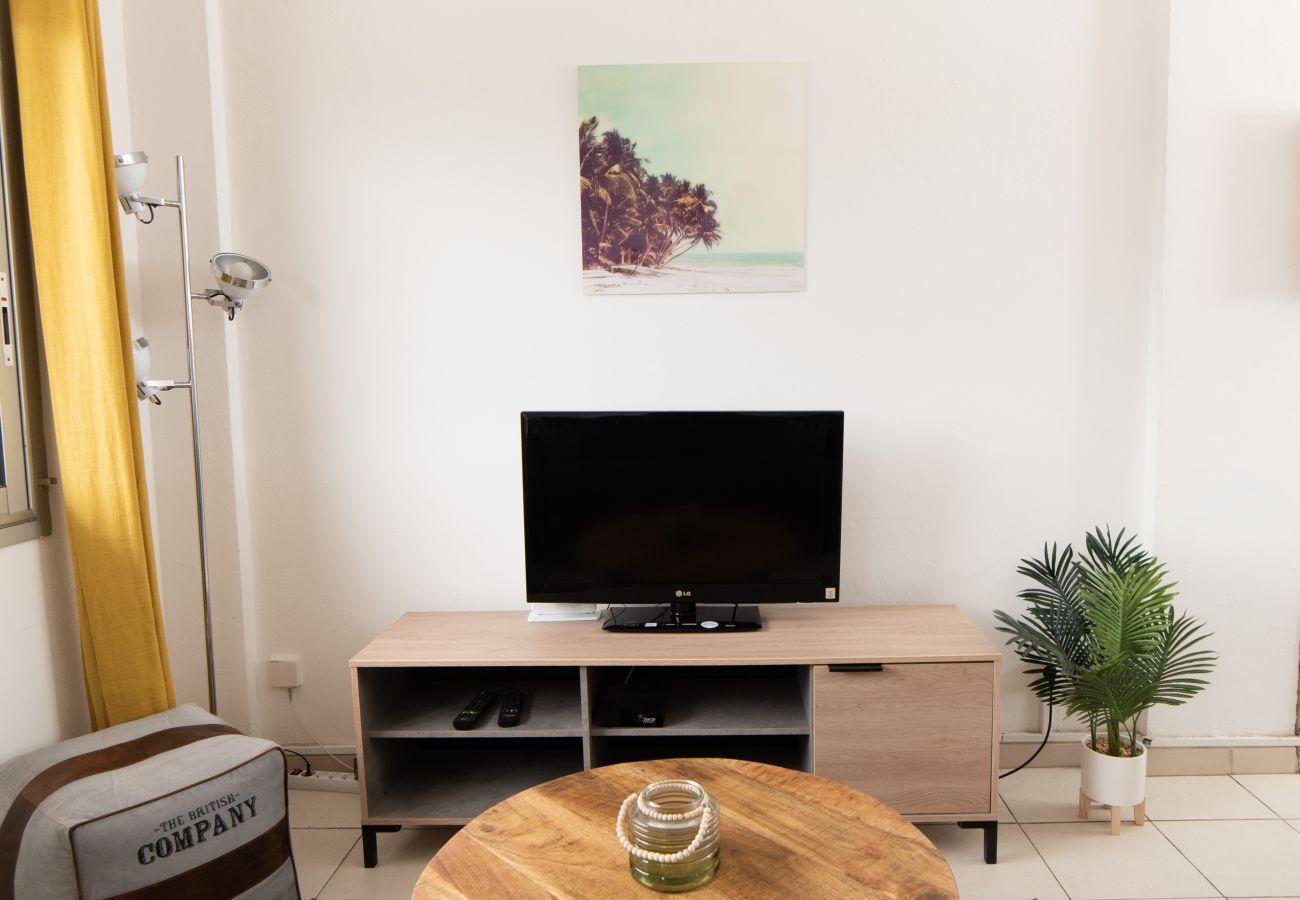 Studio in Sainte Clotilde - T1 - Le Calou 2** - 35m2 - Renovated - 10mn from airport