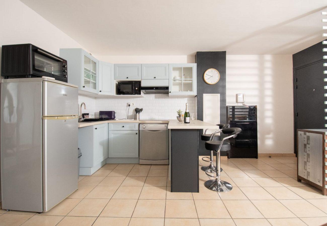 Studio in Sainte-Clotilde - T1 - Gadiamb   45m2 - 10mn from airport - Ste-Clotilde