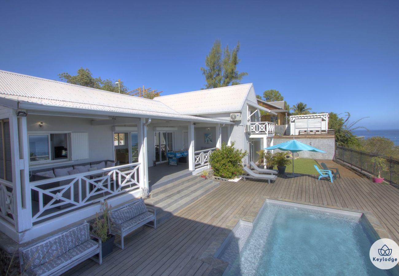 Villa in Saint-Gilles les Bains - Villa Andromède 4**** - 140 m2 - View and swimming pool - St-Gilles-les bains