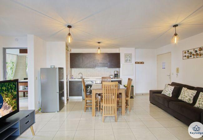 Sainte Clotilde - Apartment