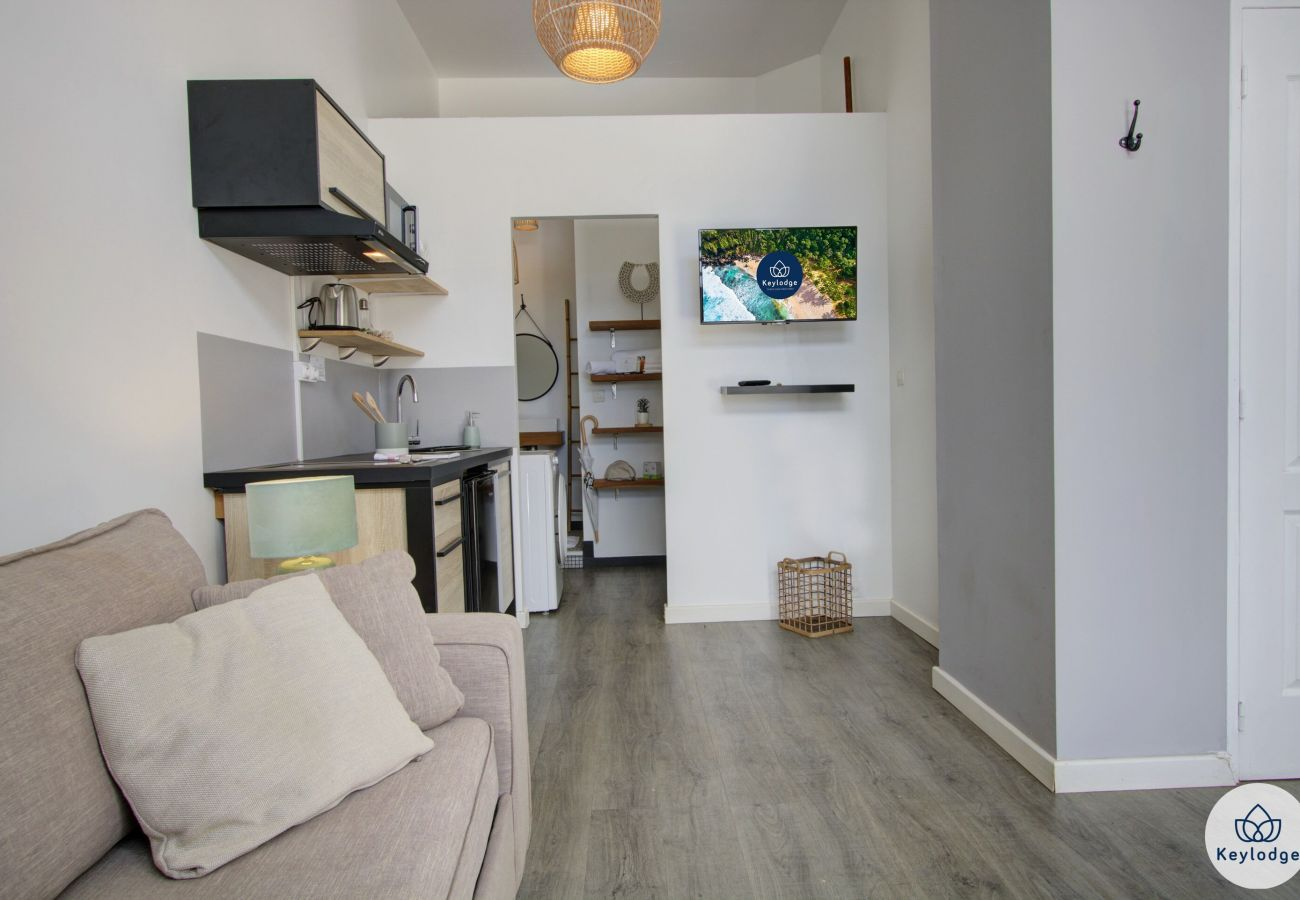 Studio in Saint-Gilles les Bains - T1 - Sweet Summer 1 - 18 m2 - Equipped - St-Gilles-les-Bains