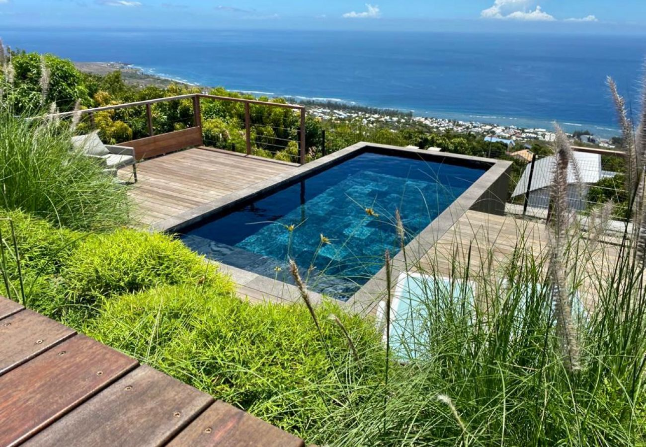 Villa in SAINT-LEU - Villa Paloma - 140 m2 - Swimming pool - Exceptional view of the ocean - Saint Leu