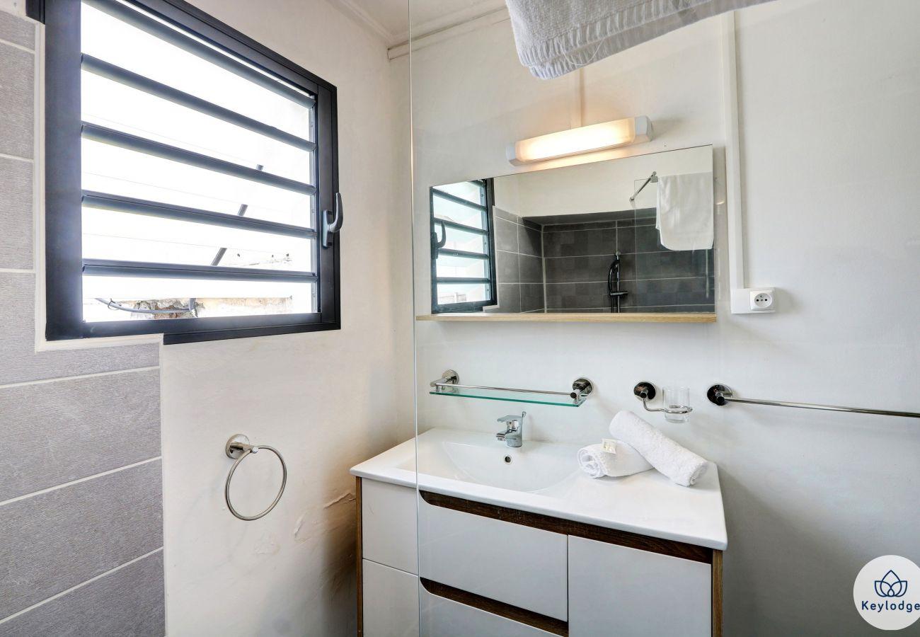 Apartment in Saint-Gilles les Bains - T1 bis - Soleil - 44 m2 - Close to the beaches - Saint-Gilles-les-Bains