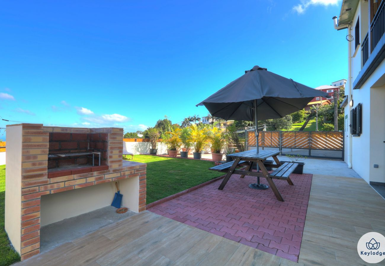 Villa in LES AVIRONS - Villa Kaz à Papang**** - 152m2 - Swimming pool - Les Avirons