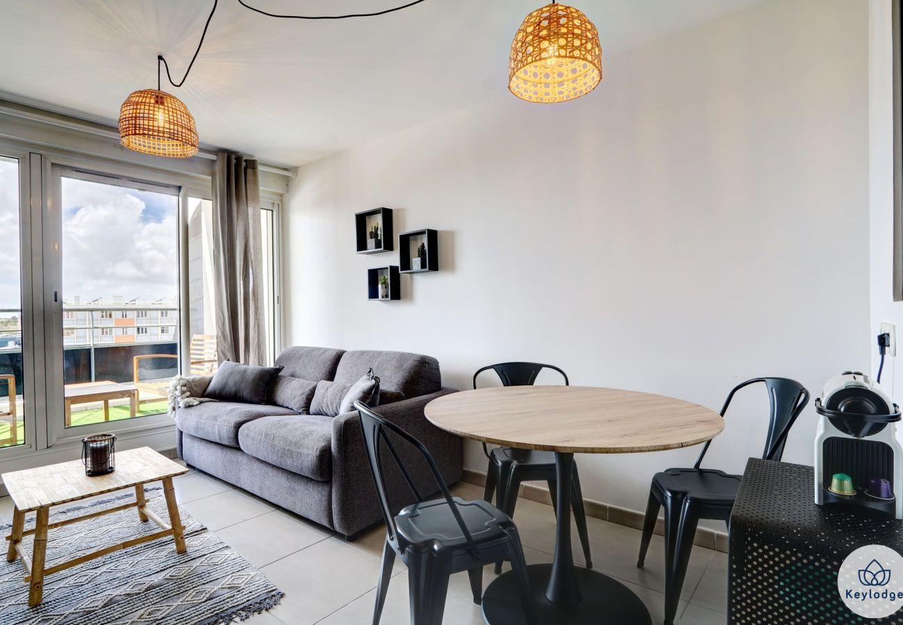Studio in Saint-Denis - T1 – Le Musicien – 37m² - close to center of Saint-Denis