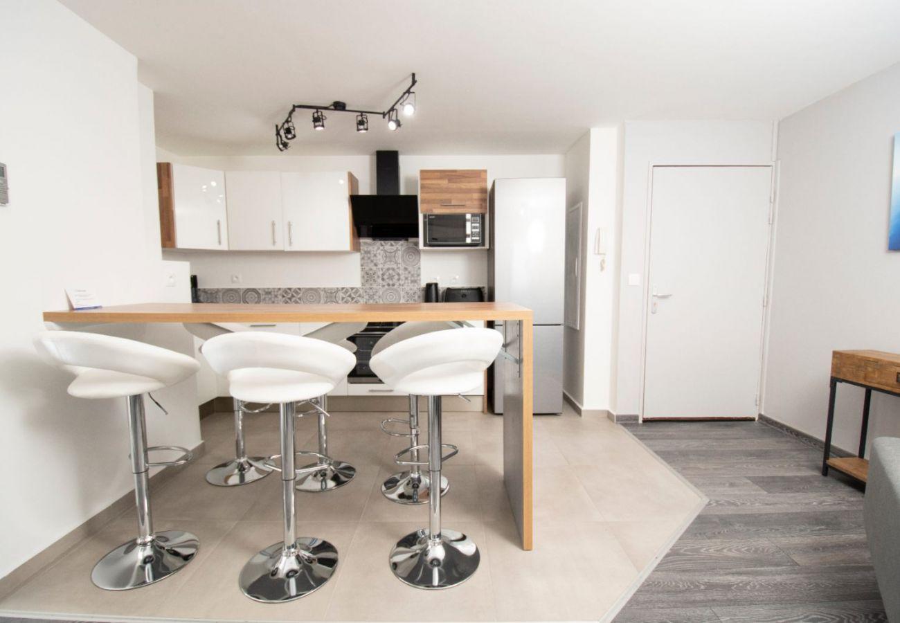 Appartement à Sainte Clotilde - T4 - CozyLodge - 70 m2 - Rénové - 10 mn de l'aéroport Saint-Denis