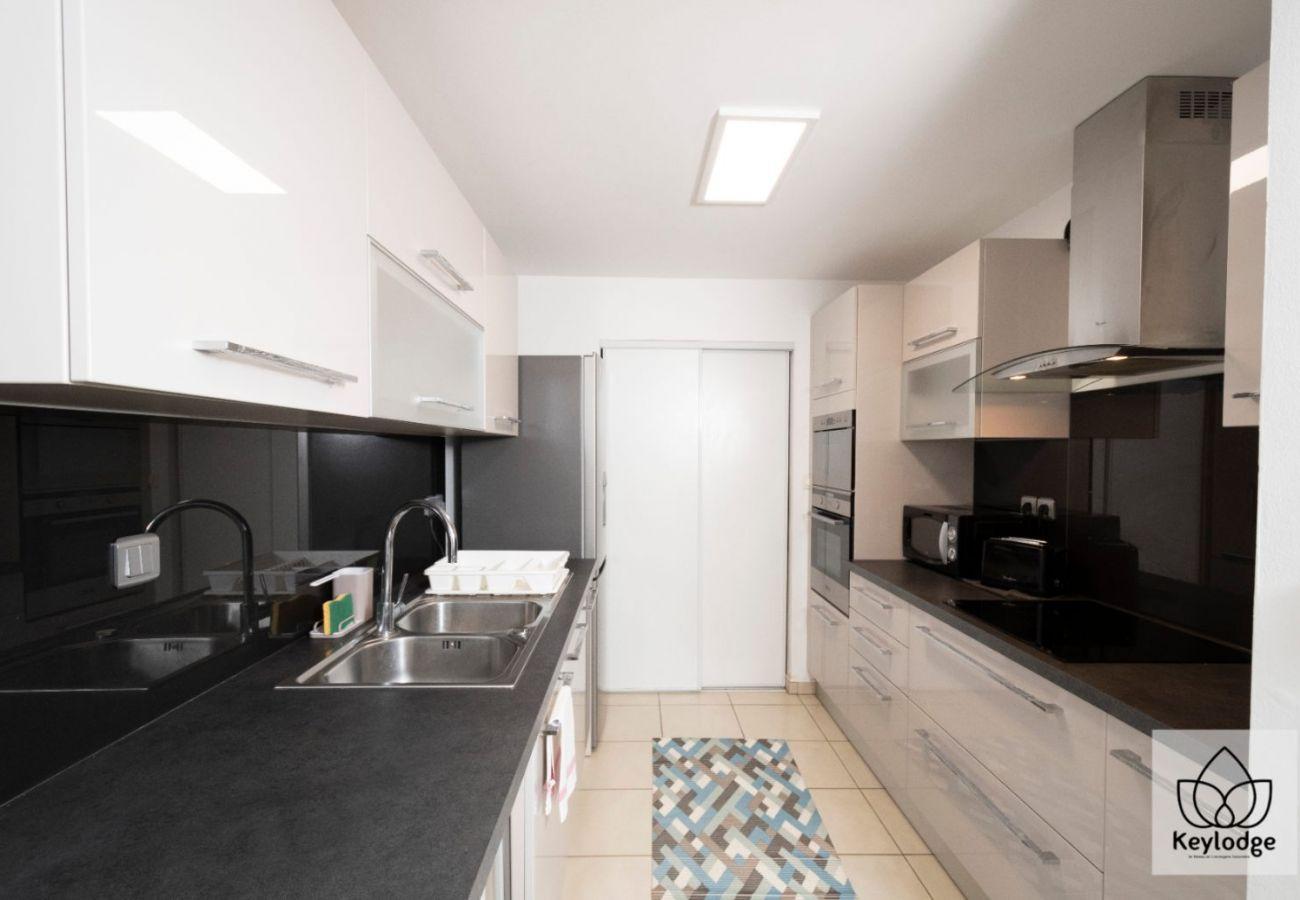 Appartement à Sainte Clotilde - T2 - Le Blue 3*** - 45 m2 - Vue littoral - Saint-Denis