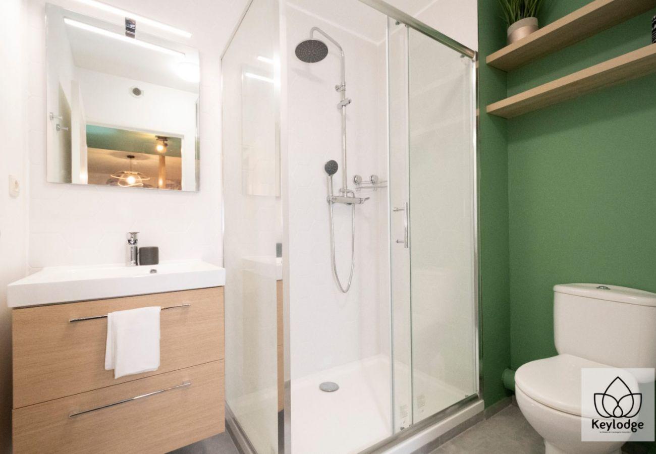 Appartement à Saint Denis - T2 - Marquises 3*** - 45m2 - Rénové - Saint-Denis