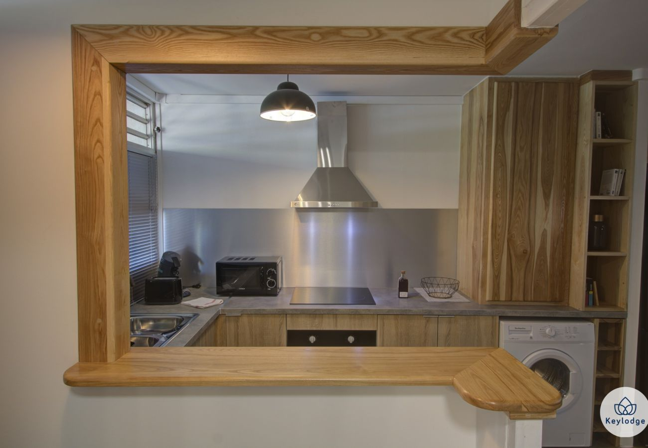 Appartement à SAINT-DENIS - T2 - Black & Wood 3*** - 45m2  - 5min centre ville - Saint-Denis