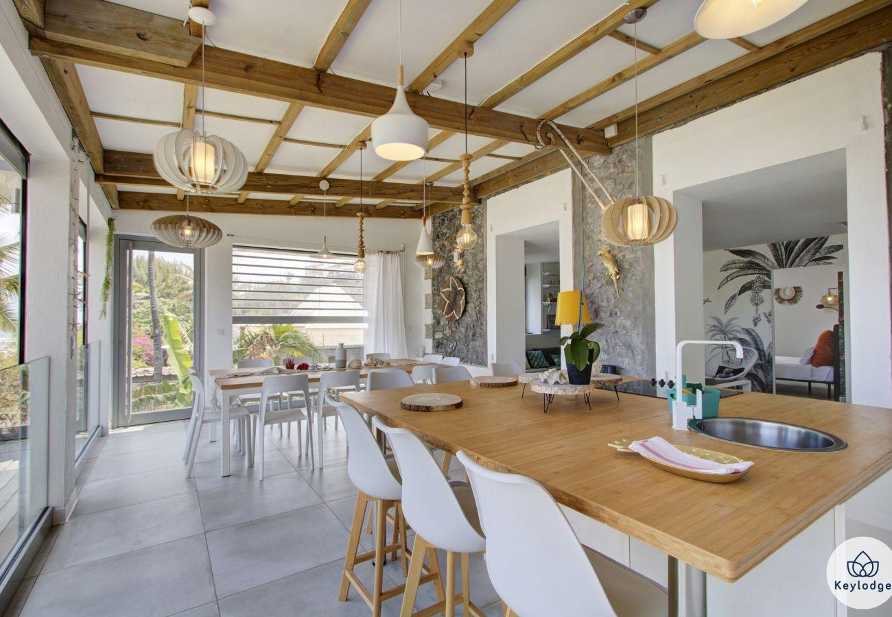Villa à Saint-Gilles les Bains - Villa Radjmahal - 160 m2 - localisation idéale - Saint-Gilles Roches Noires