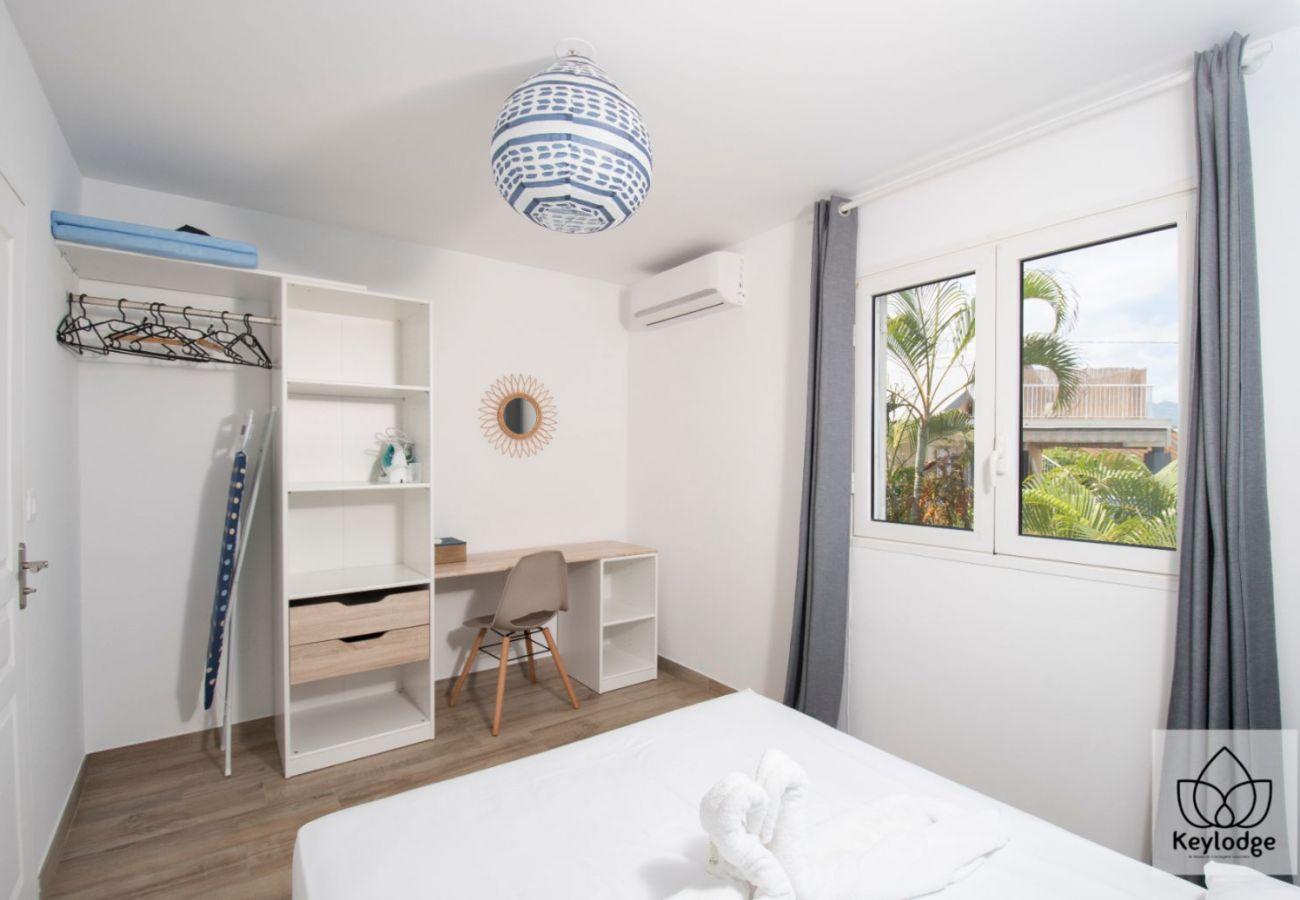 Appartement à Saline les Bains - Triplex - Les Clés de Manoé 3*** - 100 m² - 200m de la plage