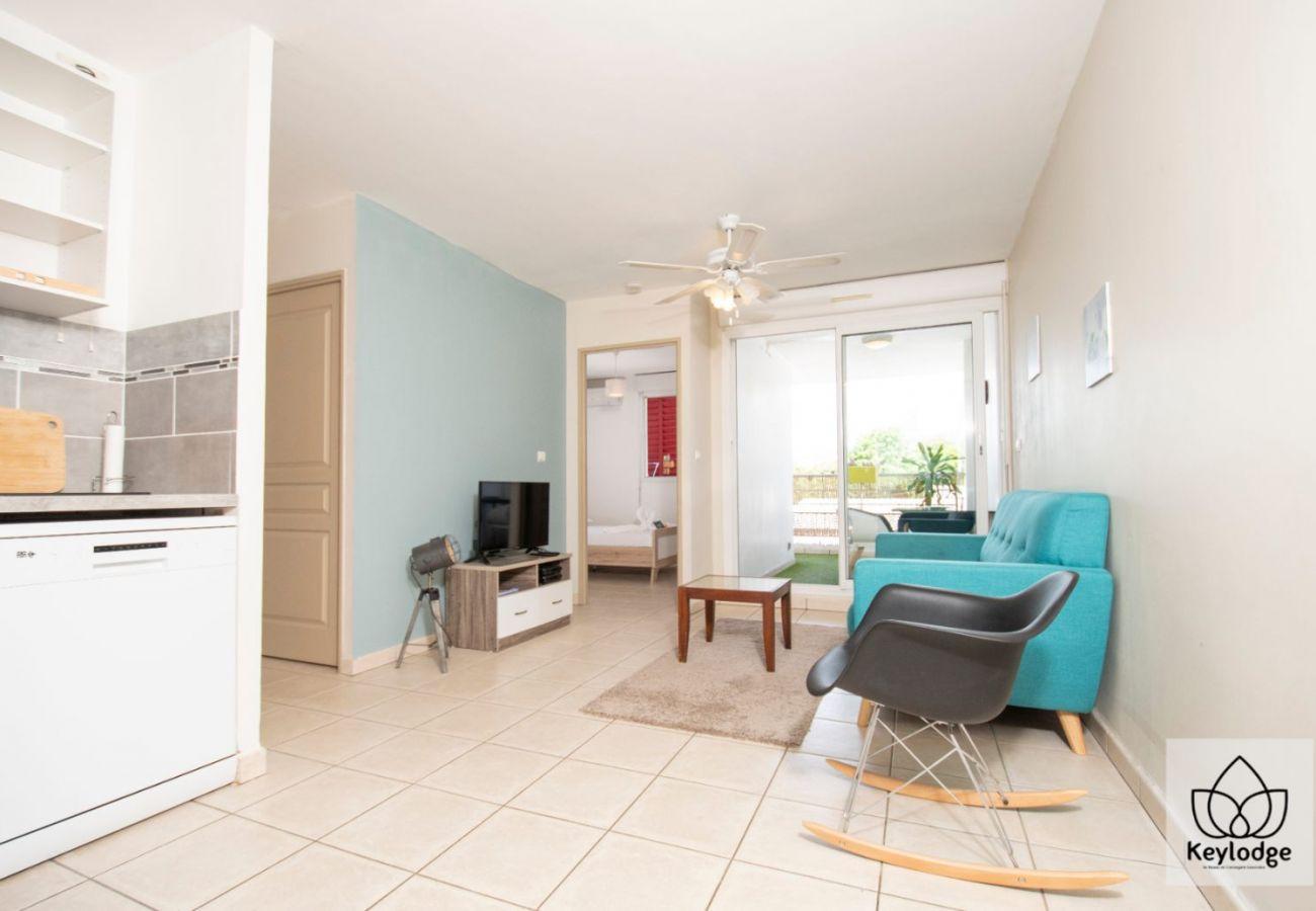 Appartement à Sainte-Clotilde - T2 - Cocooning - 37 m2 - 5mn aéroport - Saint-Denis