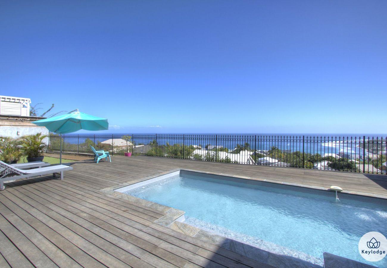 Villa à Saint-Gilles les Bains - Villa Andromède 4**** - 140 m2 - Vue imprenable avec piscine - St-Gilles-les bains