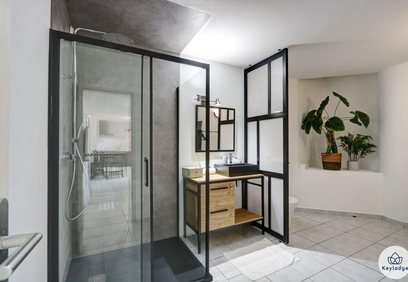 Studio à Saint Denis - T1 - Zoysia*** - 36 m2 – Equipé et rénové - Proche centre-ville Saint-Denis