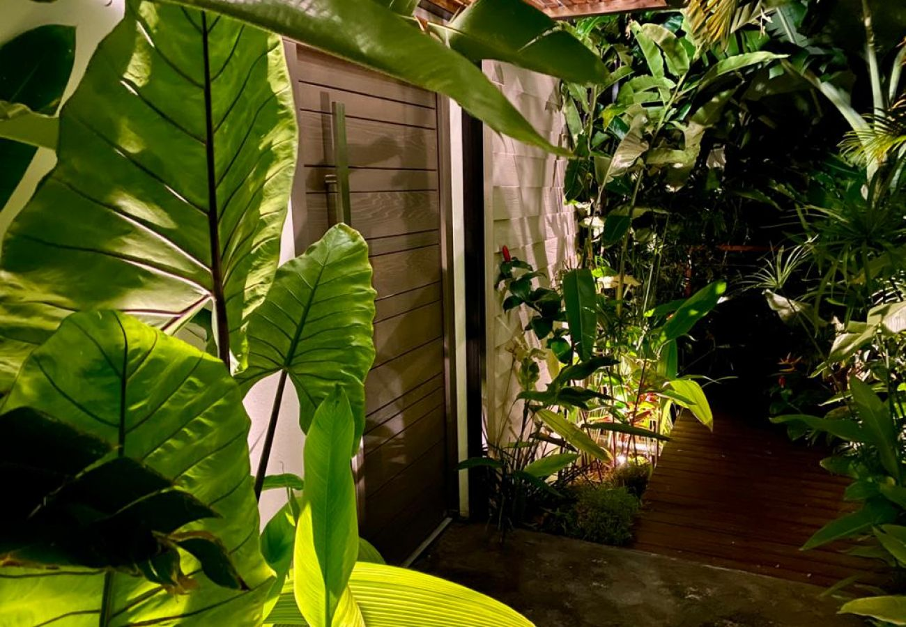 Villa à SAINT-LEU - Villa Paloma - 140 m2 - Piscine - Vue exceptionnelle sur l'océan - Saint Leu