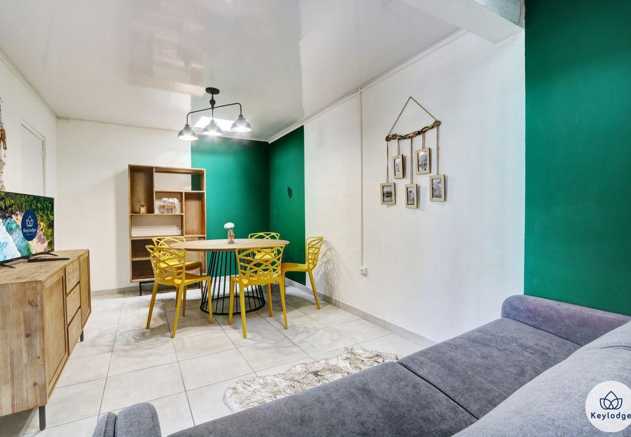 Appartement à Saint-Gilles les Bains - T1 bis – Soleil - 44 m2 – Proche des plages - Saint-Gilles-les-bains
