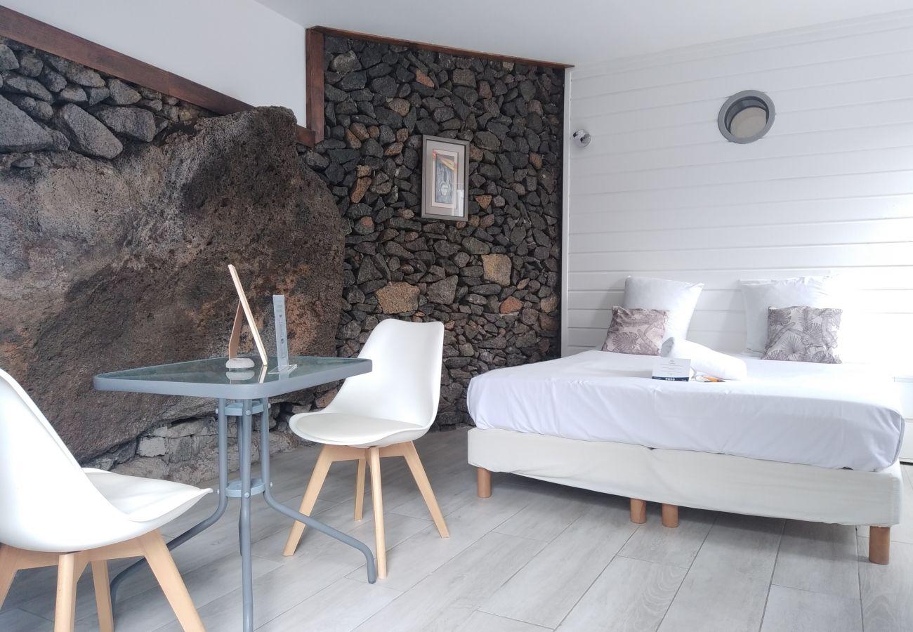 Studio à SAINT-PIERRE - T1 – Perl'Ocean - 24 m2 - Piscine - Saint-Pierre