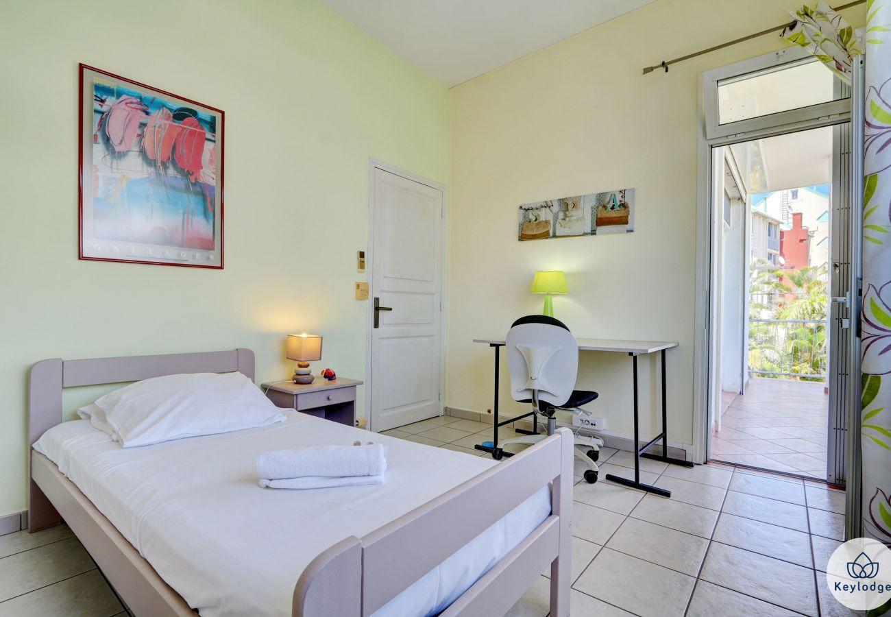 Maison à Saint-Denis -  Kaz Badamiers – 180 m²- Proche du centre de Saint-Denis