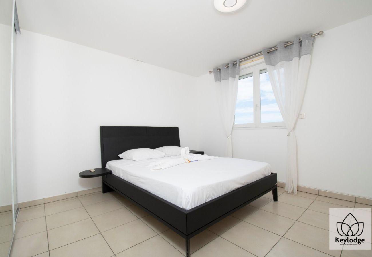 Appartement à Sainte-Clotilde - T2 - Le Blue 3*** - 45 m2 - Vue littoral - Saint-Denis