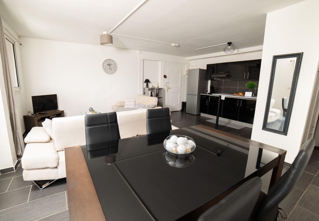 Appartement à Sainte-Clotilde - T2 - Le Bel'vue 2** - 55 m2 - Rénové - Situation idéale- Saint-Denis